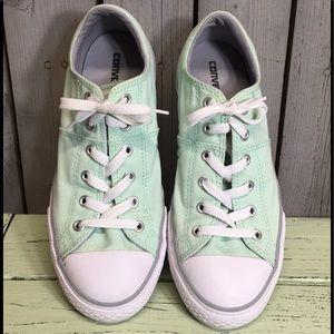 Junior Girl's Converse Sneakers